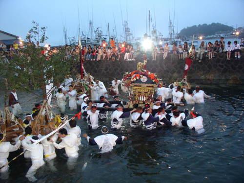 下田 須崎の夏のお祭